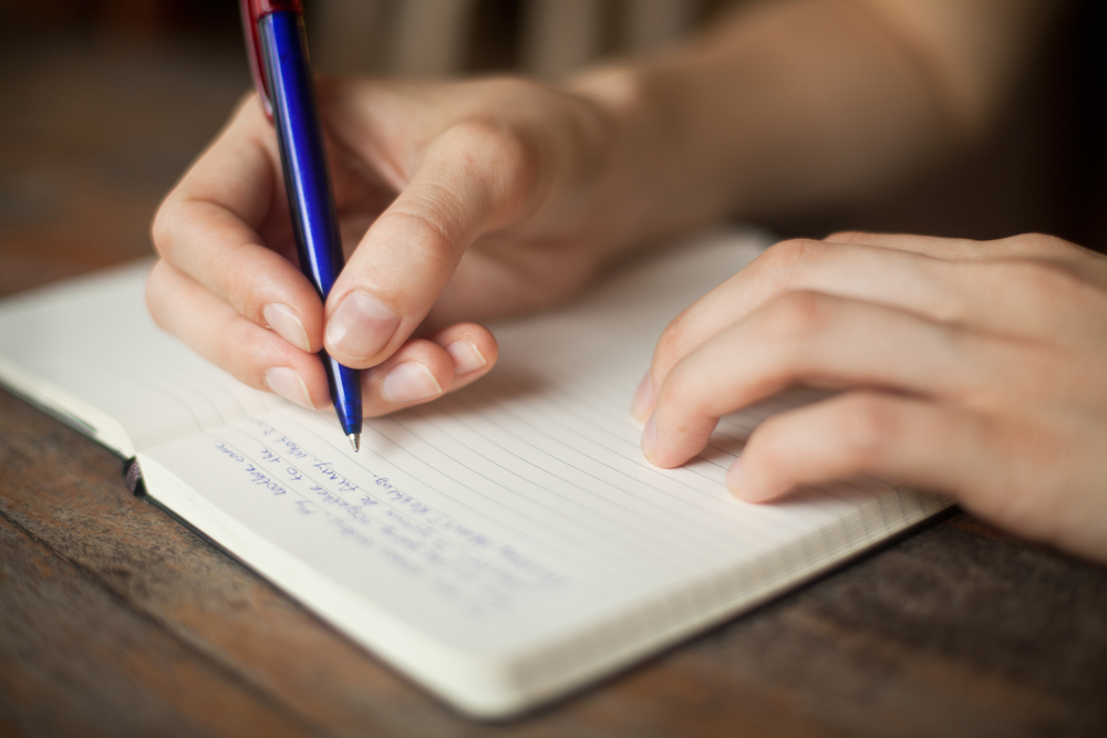 Use Journaling to Keep Track of Urges to Pull