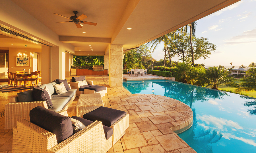 Tips For A Perfect Day At The Pool