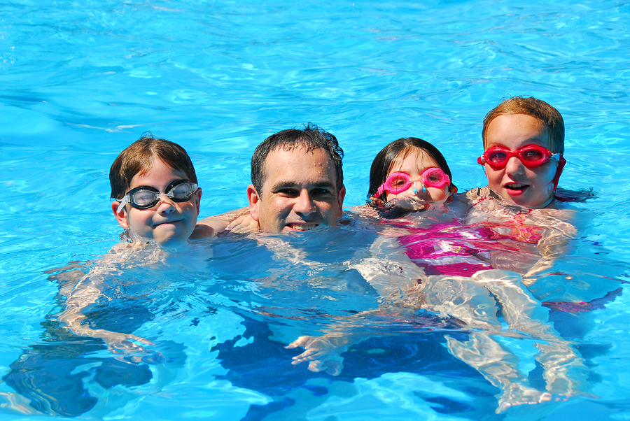 What You Should Be Teaching Your Child About Pool Safety