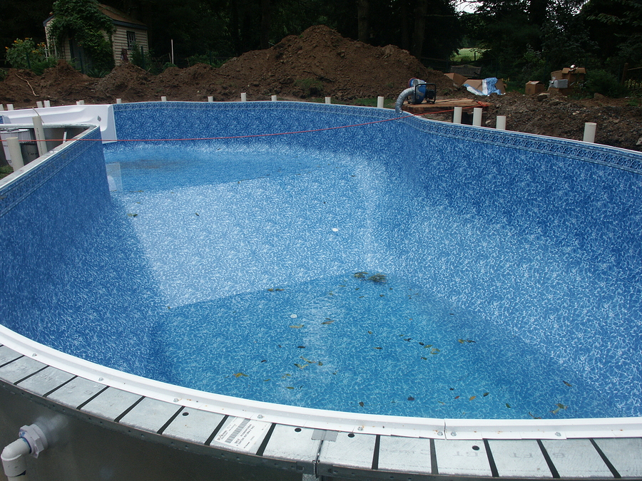 Testing Your Pool Water
