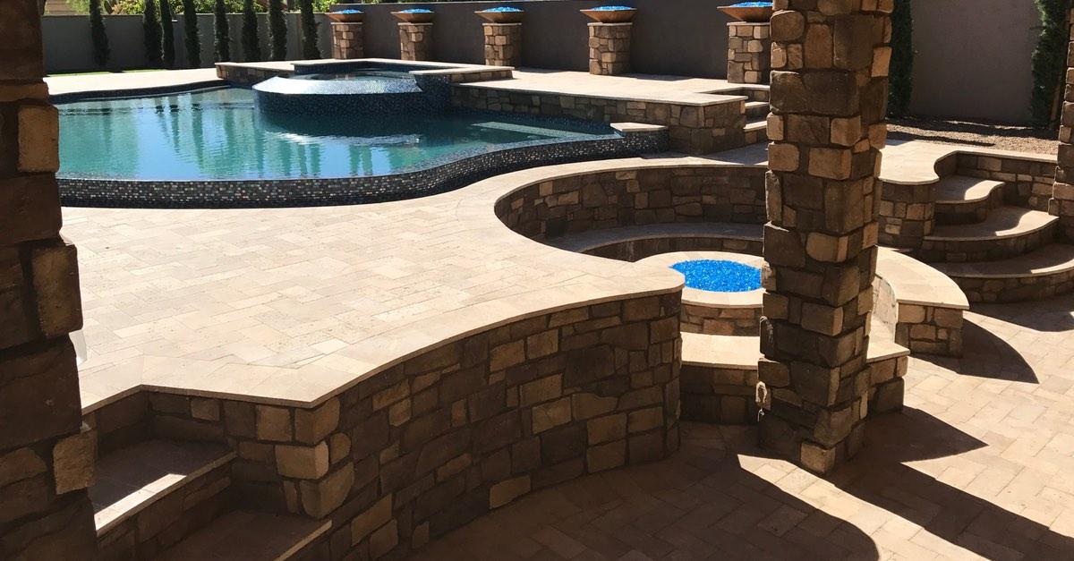 Brilliant Retaining Wall Design Ideas for Swimming Pools