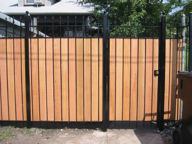 M-0726 - Wrought Iron and Cedar Fence