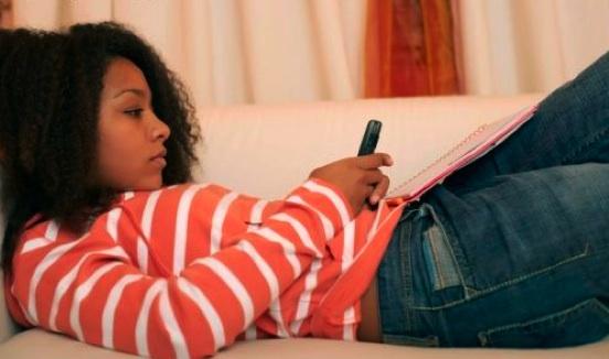 Report: Minorities, Urban, Poorer, Youth & Women use Social Media most
