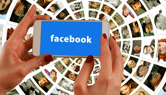 7+ Ways to Use Facebook Live in Groups & Events to Cut Costs, Grow the Group & Create Buzz (10 Min Podcast)