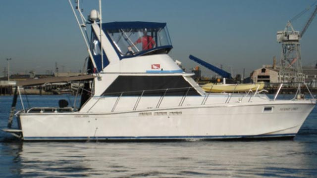 Sport-fishing-boat-3