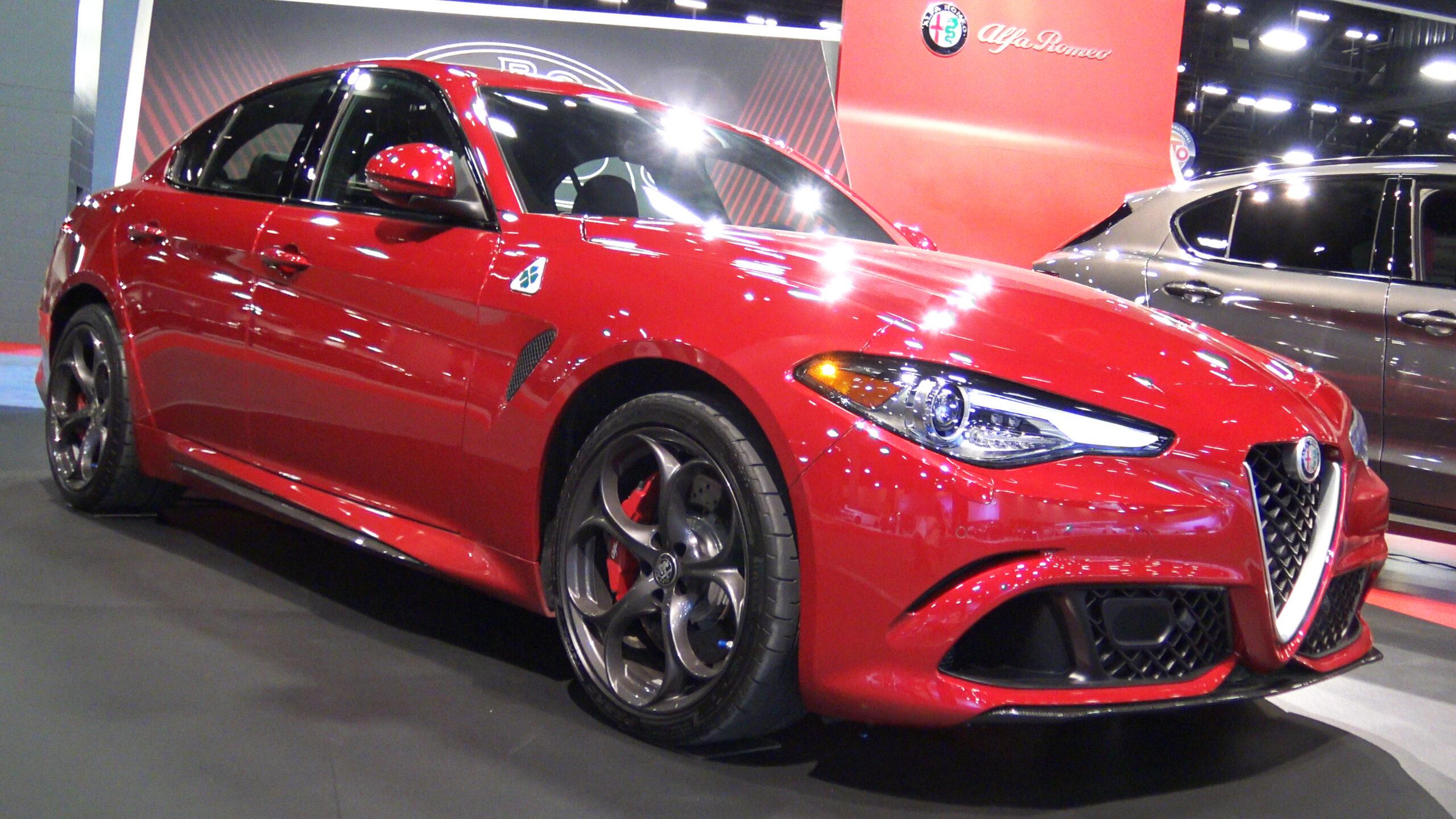 2019 Alfa Romeo Giulia Quadrifoglio in Red