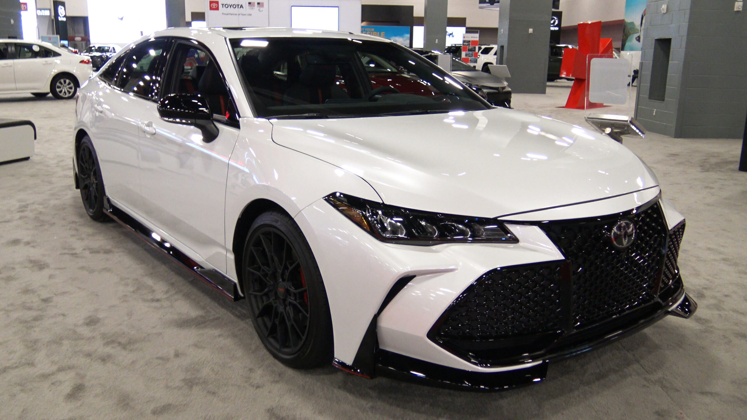 2020 Toyota Avalon TRD in silver