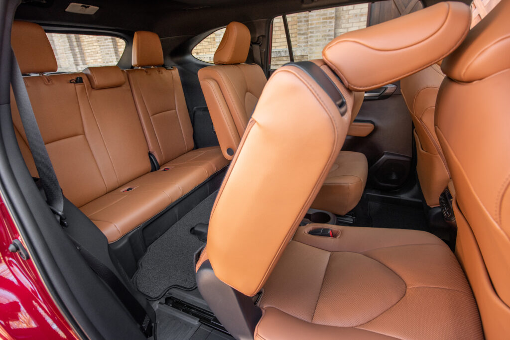 2020 Highlander Hybrid 3rd-Row Seats Access