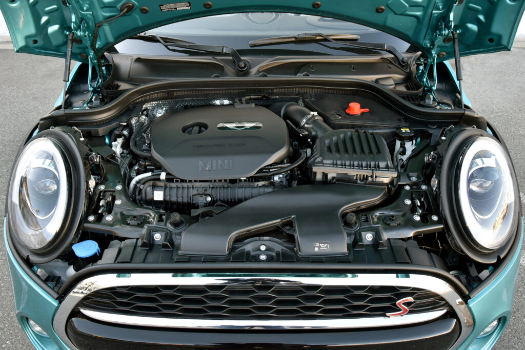 2021 Mini Cooper S Engine - 2.4L Turbo