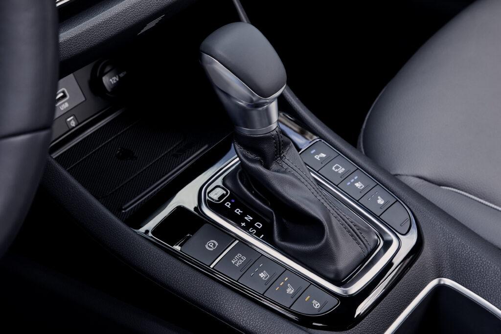 2020 Hyundai Ioniq DCT Gear Selector