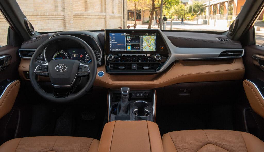 2020 Toyota Highlander Platinum Hybrid AWD Ruby Flare Pearl 020 1