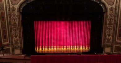 Empty-Cadillac-Palace-Theatre