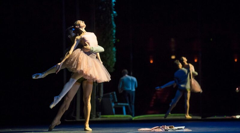 Joffrey-Ballet-and-Lyric-Opera-Orphee-et-Eurydice