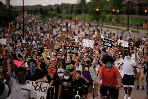 #JusticeForGeorgeFloyd Protesters- sinzuuliveblog