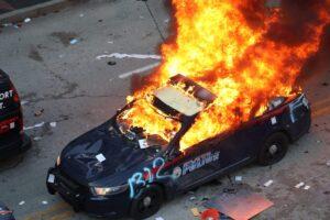Officer Derek Chauvin- sinzuuliveblog (1)