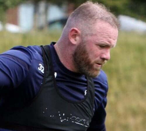 Wayne Rooney is turning bald Again despite spending '£30k' on hair transplants