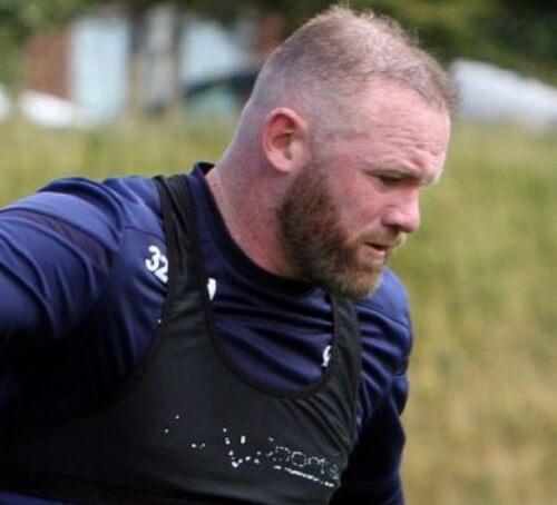 Wayne #Rooneys hair is balding- sinzuuliveblog