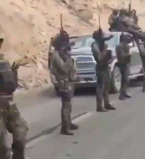 El Chapos Narco Army Replace the Cops in Lawless Mexico Wielding Sophisticated Weapons