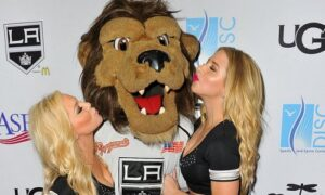 Los Angeles Kings mascot- sinzuuliveblog