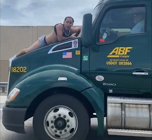 Florida Man Barely Hanging On Hood of A Big Truck Pleads for Help On Highway