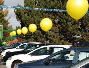 14 Inch Car Lot Balloons