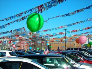 17 Inch Car Lot Balloons