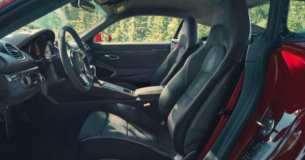 porsche 718 cayman gts 4.0 interior