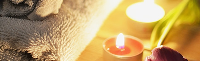 towel & yellow candles