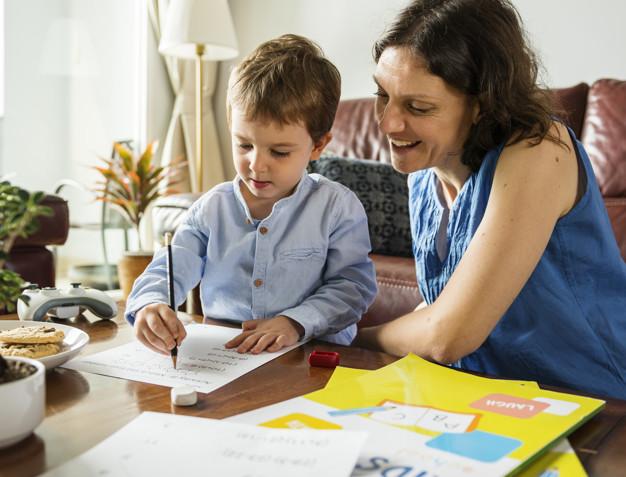 El poder de los padres que ahora son educadores