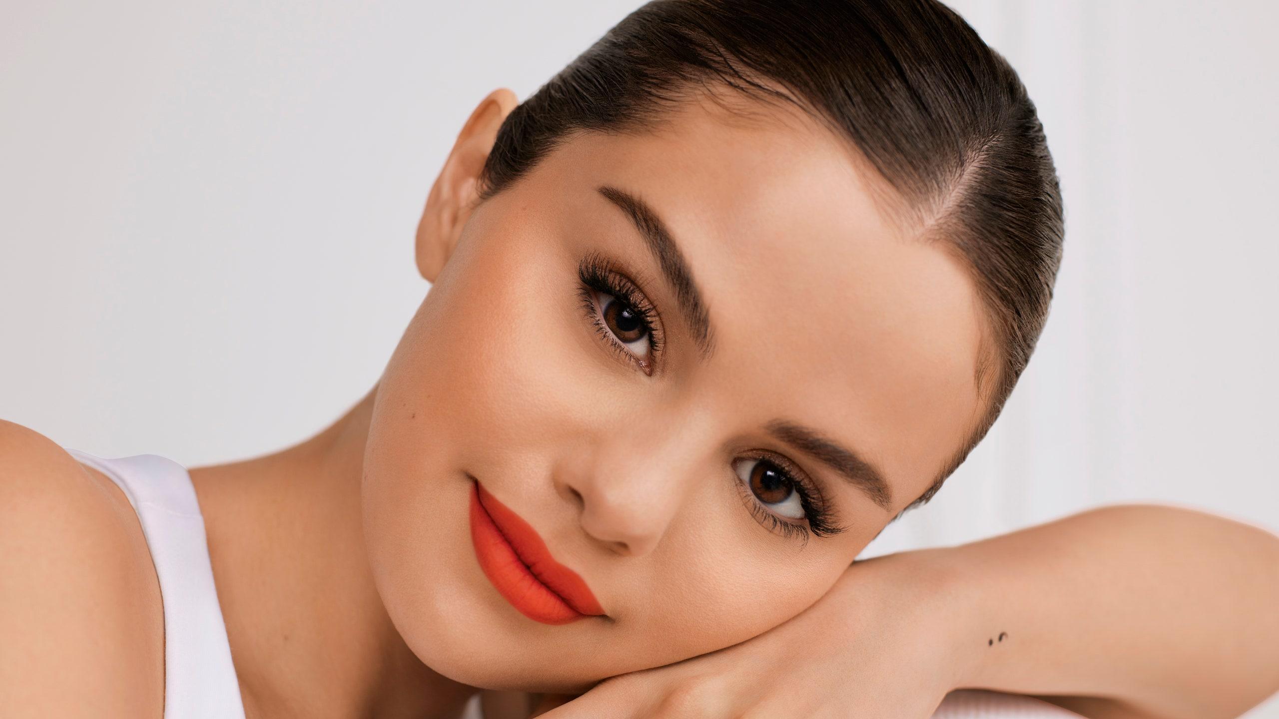 Selena Gómez y su línea de maquillaje