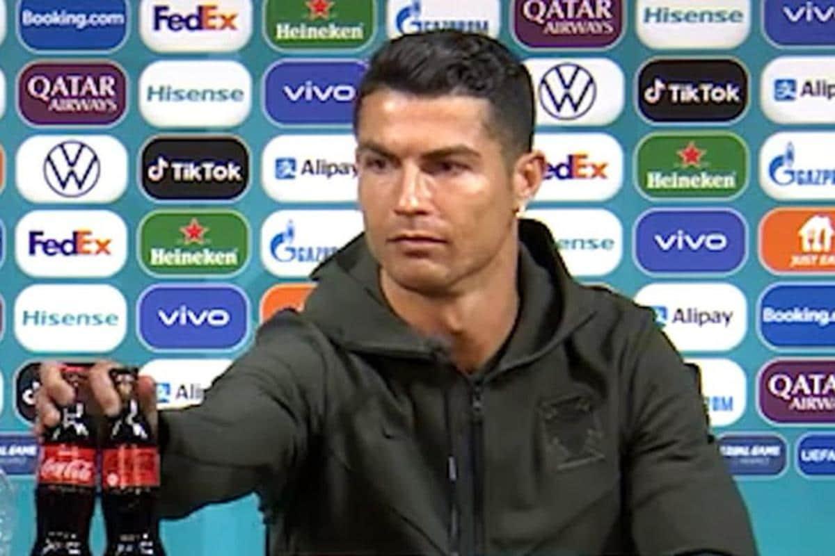 "Cristiano Ronaldo: ""¡Beban agua!"""