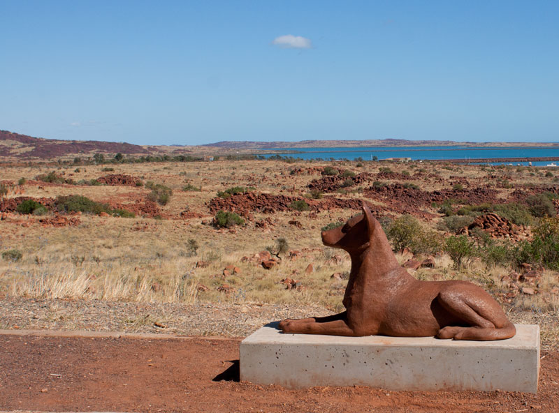 Red-Dog-Statue-Dampier
