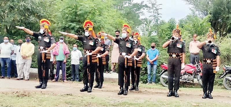 हिमाचल के वीर सपूतो को पूरे सैन्य सम्मान के साथ दी अंतिम विदाई
