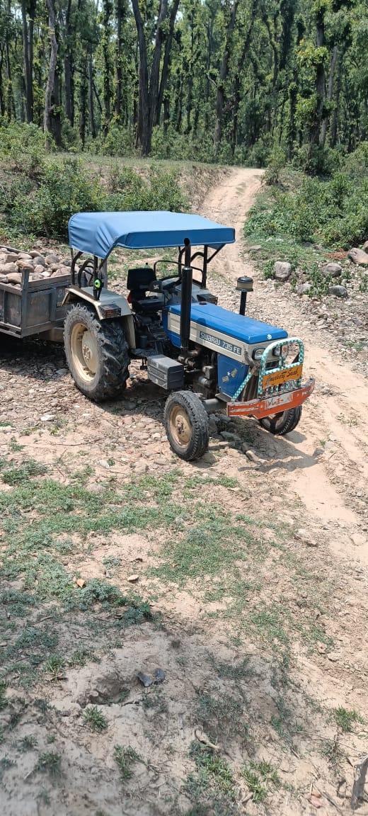 पांवटा साहिब : वन विभाग ने एक वाहन को अवैध खनन करते हुए मौके पर दबोचा ,वसूला 20 हजार का जुर्माना