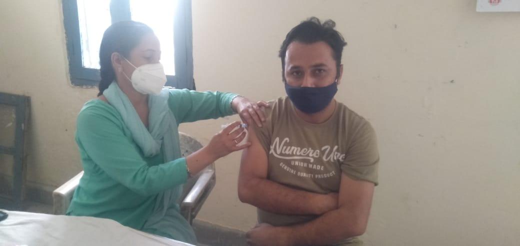 सिरमौर में आज 1283 लोगों को लगी वैक्सीन