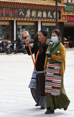 tibet-pilgrims