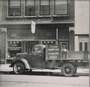 Tyler-Mountain-Old-Truck