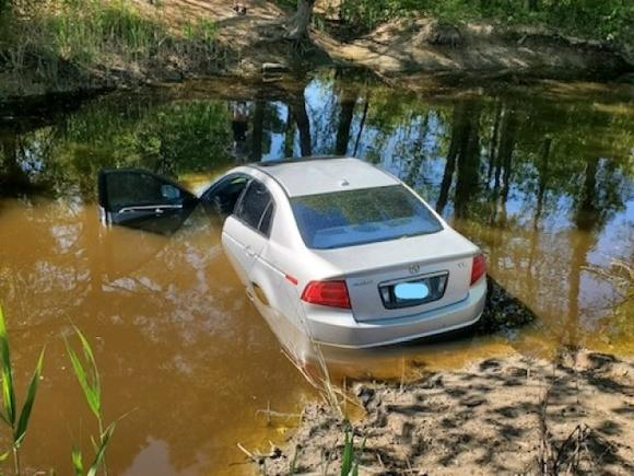 State police: 'Road rage' shooting leads to police pursuit on I-264, before suspect car crashes into Chesapeake canal