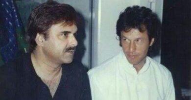 تحریک انصاف کے بانیوں میں سے ایک اور عمران خان کے 'وفا شعار' نعیم الحق انتقال کر گئے