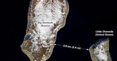 دو جزیروں میں 3.8 کلومیٹر فاصلہ، لیکن 20 گھنٹے وقت کا فرق!