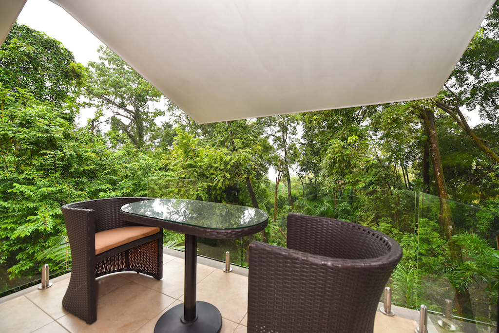 10-Jungle-House-Tulemar-Resort-Private-Home-CRLRE