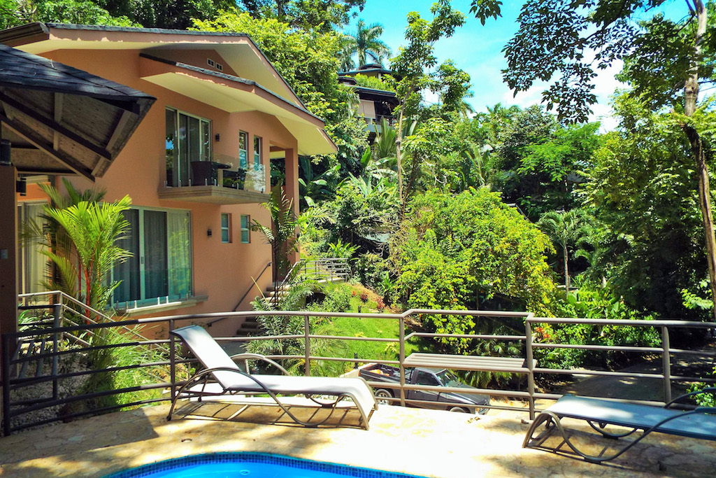 2-Jungle-House-Tulemar-Resort-Private-Home-CRLRE