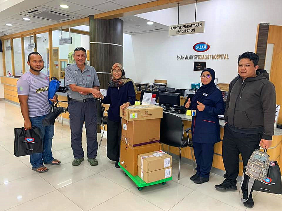 Flood Relief Medication for 100 Families_副本