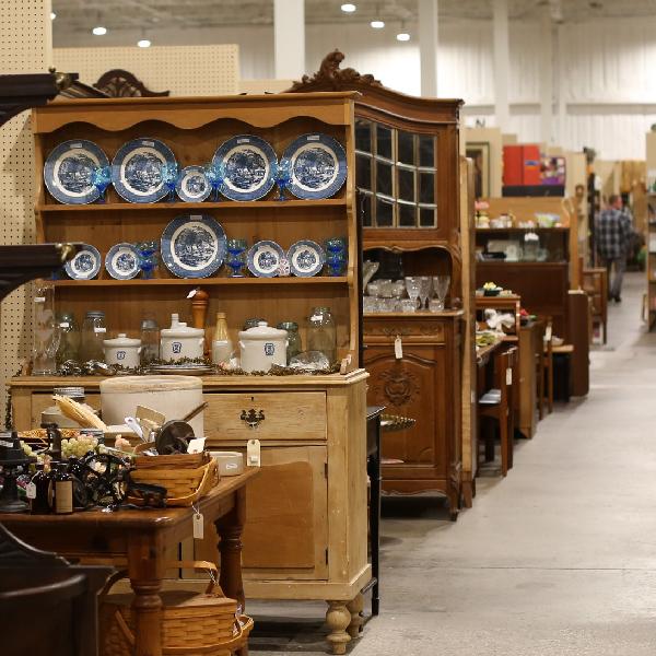 Home Relics Antique Mall, Springfield Missouri Furniture