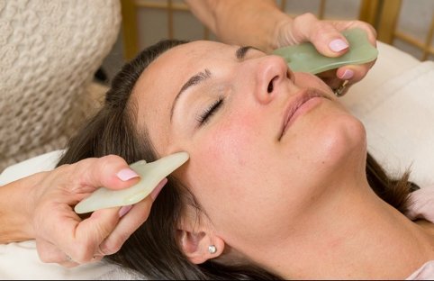 facial acupuncture gua sha