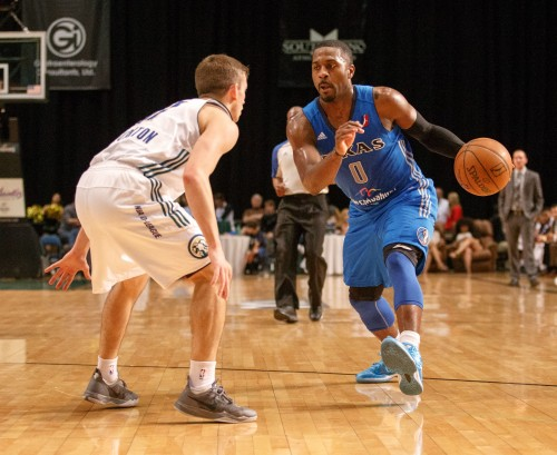 Texas Legends Guard JUSTIN DENTMON