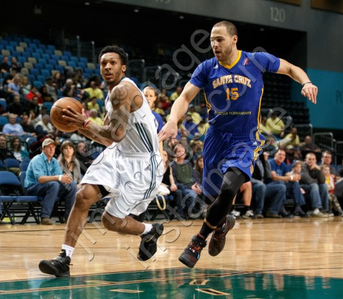 Reno Bighorn Guard AKEEM RICHMOND (2)