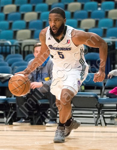 Reno Bighorn Guard PE'SHON HOWARD (5)