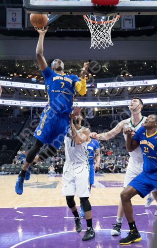 Santa Cruz Warrior Guard CLEANTHONY EARLY (7)