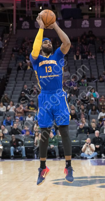 Santa Cruz Warrior Forward LADONTAE HENTON (13)